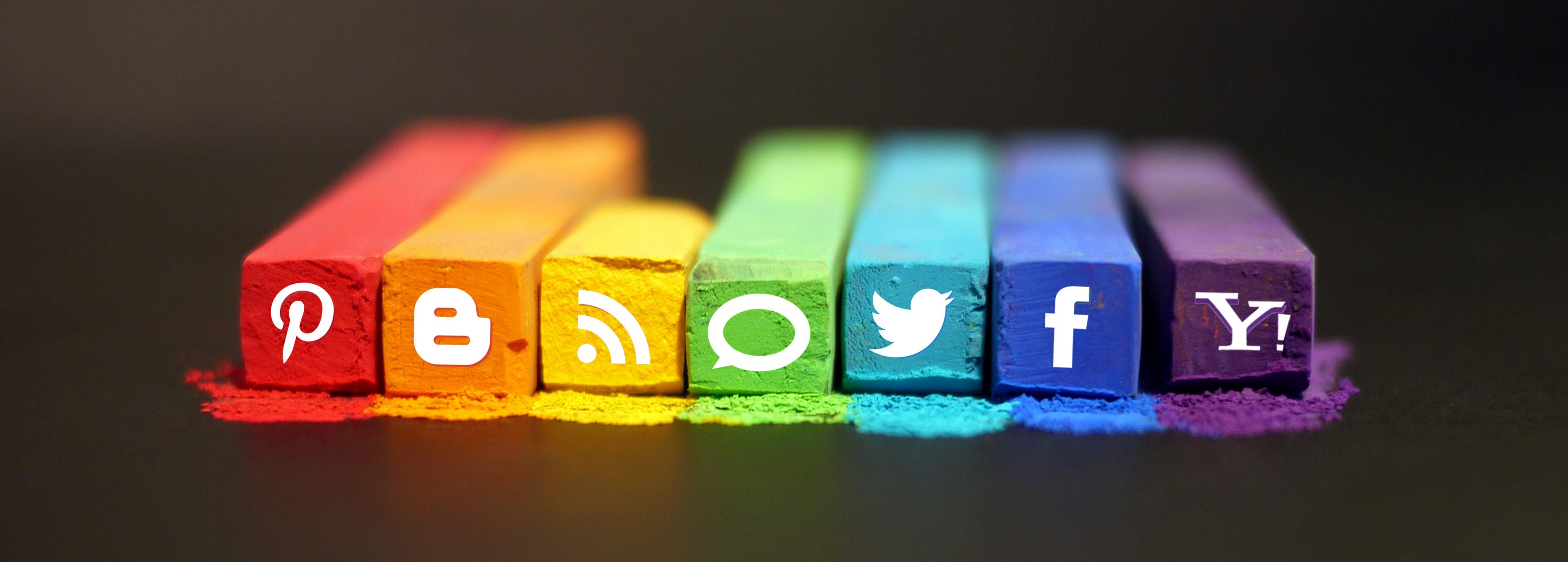 Communication et Réseaux Sociaux